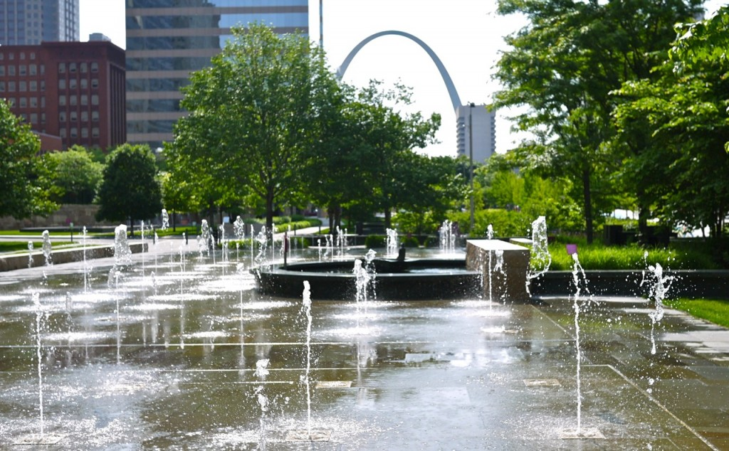 the sculptures of citygarden in st louis missouri little observationist
