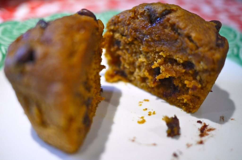 Recipe Pumpkin Chocolate Chip Muffins on Little Observationist