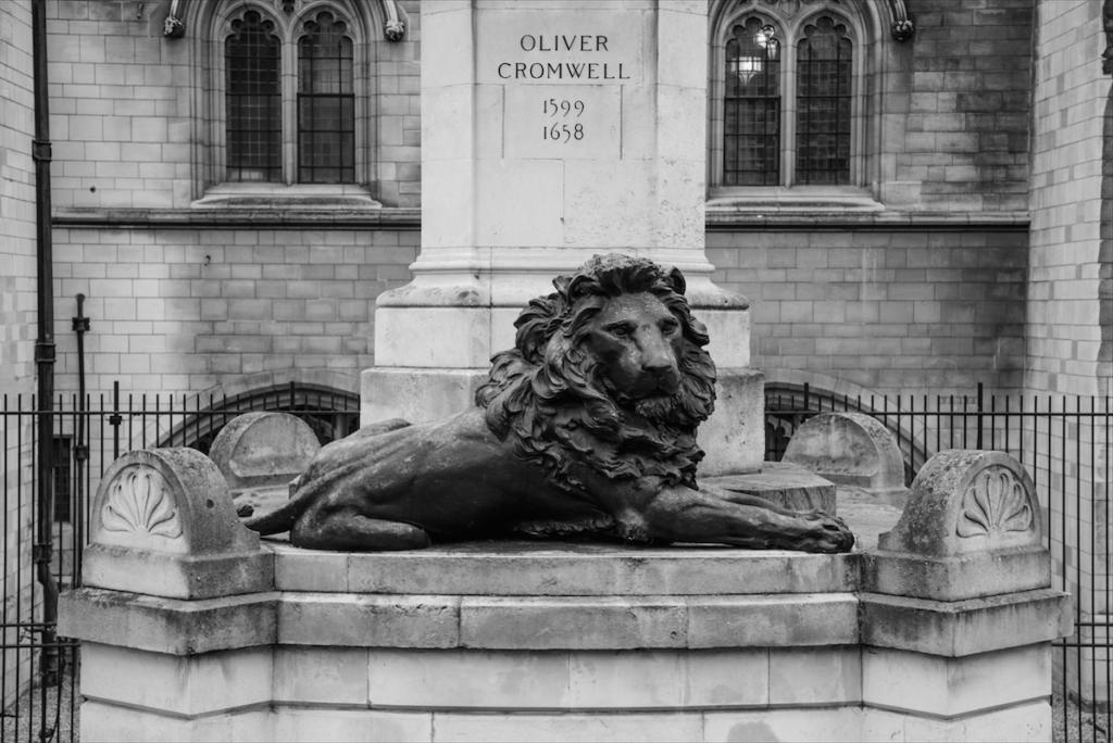 Exploring Central London by Stephanie Sadler, Little Observationist